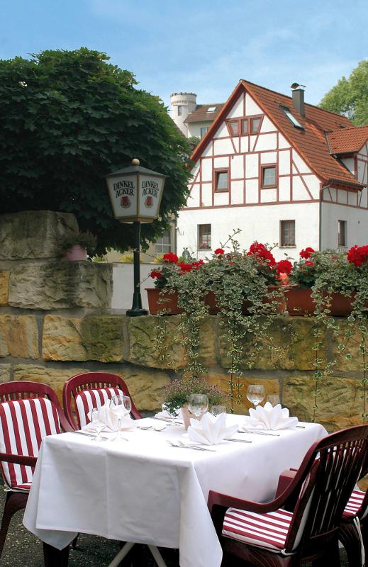 Restaurant Roesslestube Landgasthof Rössle Waldenbuch Roesslestube Terrasse