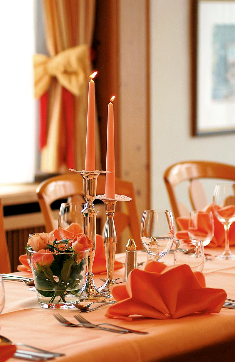 Tischdetail-Landgasthof-Hotel-Restaurant-Roessle